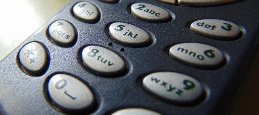 Noul model nokia 3310 versus vechiul model