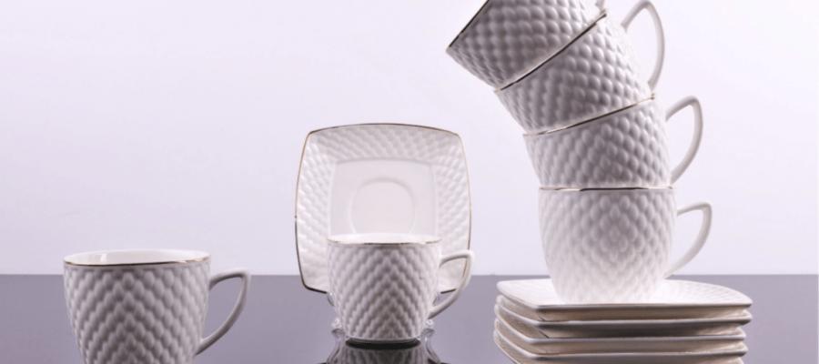 Set de cesti pentru cafea sau ceai, 6 cesti de 220 ml cu 6 farfurioare, design in relief